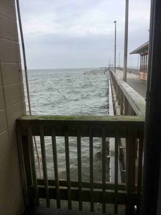 windy day on the Fairhope Municipal Pier