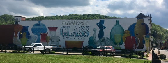 this mural was the best part of the glass museum